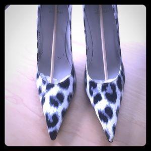 Grey White Black Print Stuart Weitzman Fever Heels